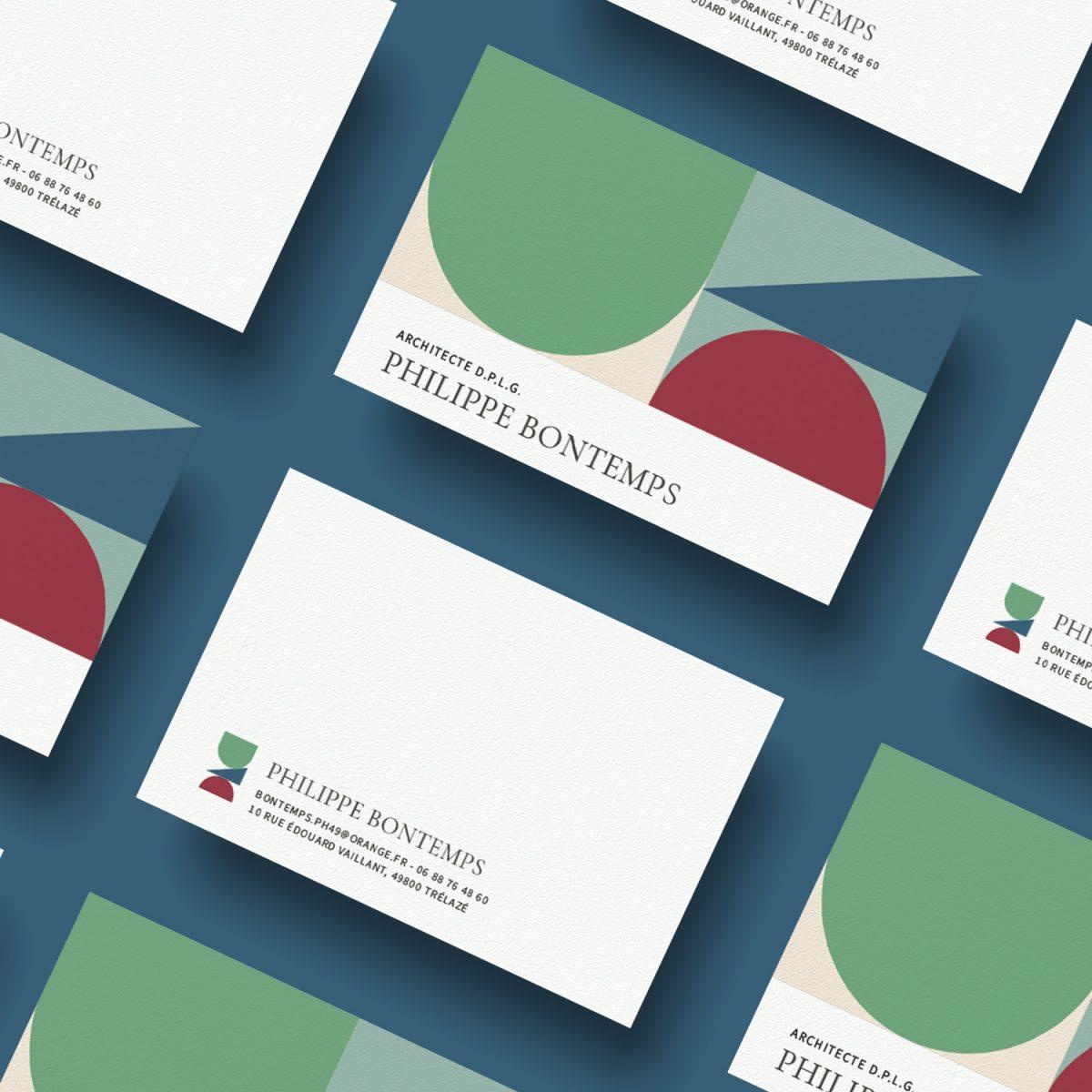 Carte de visite visuel numéro 2, jeux de construction et déconstruction, constructivisme, couleur, typo avec serif